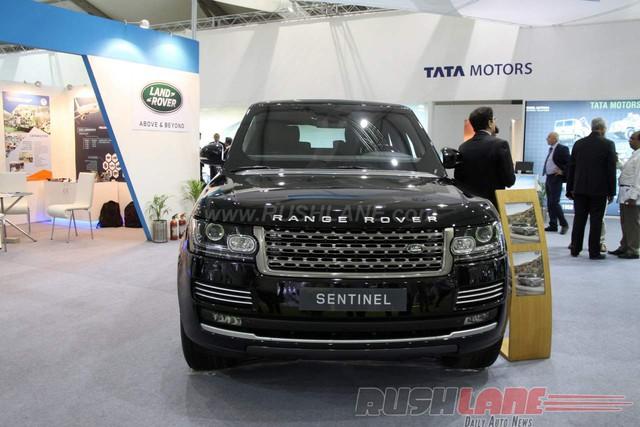 Range Rover Sentinel là mẫu xe bọc thép đầu tiên do bộ phận Special Vehicle Operations (SVO) của Land Rover phát triển từ đầu đến cuối.