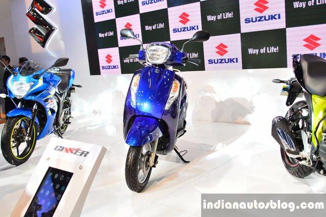 Cách đây vài hôm, hãng Suzuki đã chính thức giới thiệu mẫu xe ga giá rẻ Access 125 phiên bản mới tại thị trường Ấn Độ với giá 53.887 Rupee, tương đương 18 triệu Đồng.