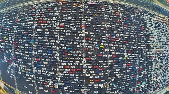 Vụ tắc đường kinh hoàng trong năm 2015 tại Trung Quốc.