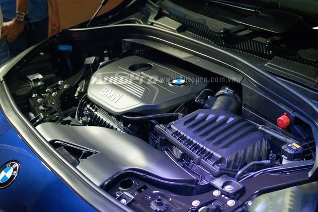 BMW 218i Gran Tourer sử dụng động cơ xăng 3 xy-lanh, dung tích 1,5 lít, sản sinh công suất tối đa 134 mã lực tại vòng tua máy 4.400 vòng/phút và mô-men xoắn cực đại 220 Nm tại vòng tua máy 1.250 vòng/phút.