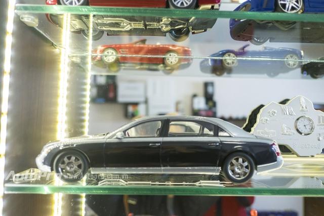 Chiếc xe Maybach của hãng AutoArt luôn được Huy đặt ở vị trí cao trong bộ sưu tập của Huy.