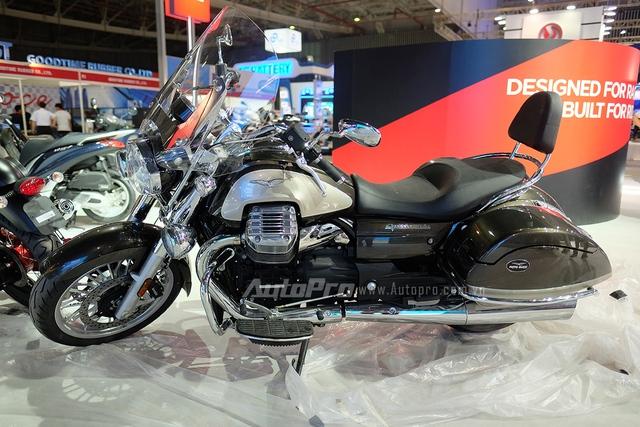 Moto Guzzi California có sức mạnh 96 mã lực tại vòng tua 6.500 vòng/phút và mô-men xoắn cực đại 120 Nm tại 2.750 vòng/phút. Những thông số này được sản sinh bởi khối động cơ có dung tích 1400 cc.