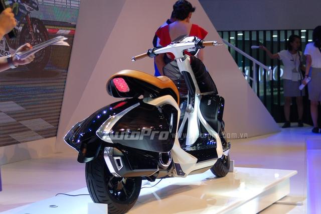 Yamaha 04Gen sử dụng động cơ Blue Core, dung tích 125 phân khối, xi-lanh đơn, phun xăng điện tử, 4 thì, làm mát bằng không khí.