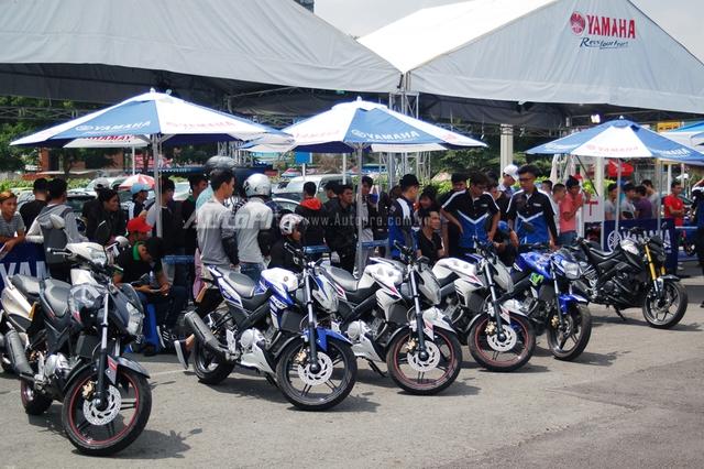 Ngày hội Y-Motor Sport 2016 do Yamaha Việt Nam tổ chức đã chính thức diễn ra vào 2 ngày cuối tuần vừa qua tại một trung tâm thương mại Quận Tân Phú.