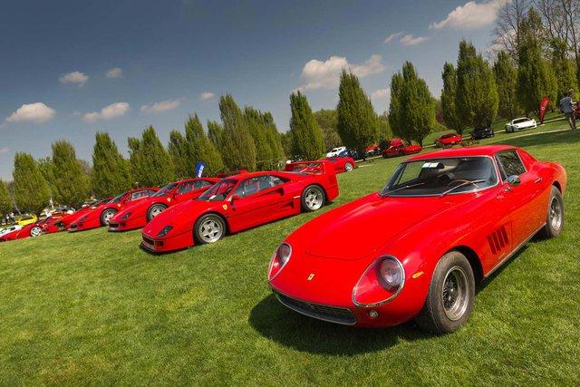 Những chú ngựa chồm nổi bật với nhiều cái tên hàng cổ như Ferrari 288 GTO, F40 LM, F50, cho đến bộ đôi siêu phẩm Ferrari Enzo, LaFerrari, cùng dàn siêu xe F430, 458 Italia, 488 GTB...