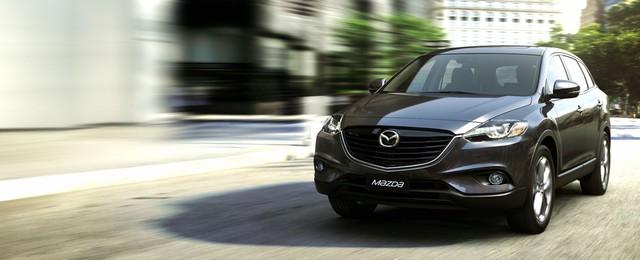 Mazda CX-9 với động cơ 3.7L khó lấy được lòng người tiêu dùng Việt Nam.