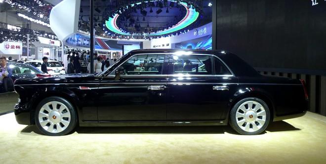 Hông Kỳ L5 còn to và nặng hơn cả Mercedes-Maybach S600.