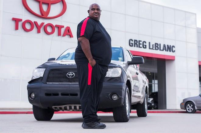 Ông Sheppard, chủ nhân duy nhất của chiếc Toyota Tundra chạy hơn 1,6 triệu km.