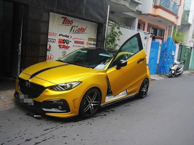 Mazda 3... Ảnh: Huy Hoàng.