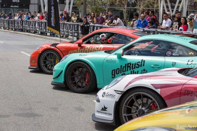 Dàn xe thể thao đầy màu sắc của Porsche.