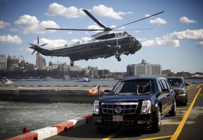 Marine One cùng đoàn xe của Tổng thống Obama. Ảnh minh họa