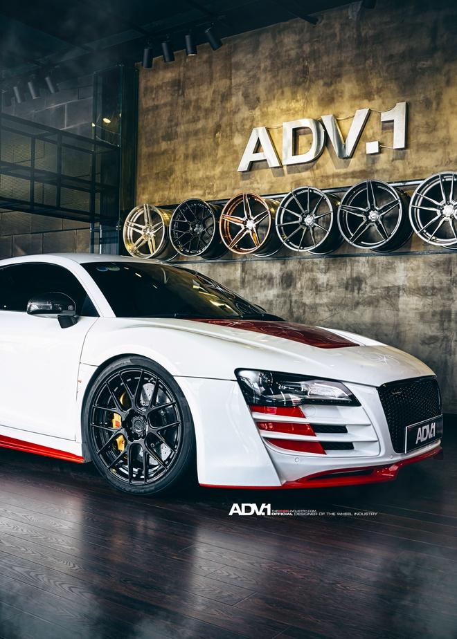 Ngoài ra, chiếc siêu xe Audi R8 còn được trang bị thêm lọc gió, ECU mới, bộ làm mát... Sau tất cả nâng cấp, chiếc Audi R8 với đã được tăng công suất tối đa từ 420 mã lực lên 620 sức ngựa.