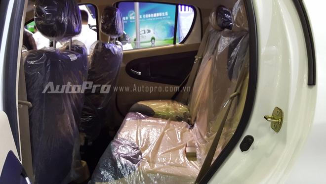 Tại thị trường Việt Nam, mức giá cho chiếc ô tô điện nhái kiểu dáng Kia Morning vào khoảng 23.000 USD tương đương 515 triệu Đồng.