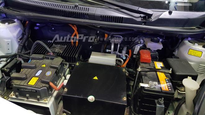 Trái tim của mẫu ô tô điện xuất hiện tại triển lãm Saigon Autotech 2016.