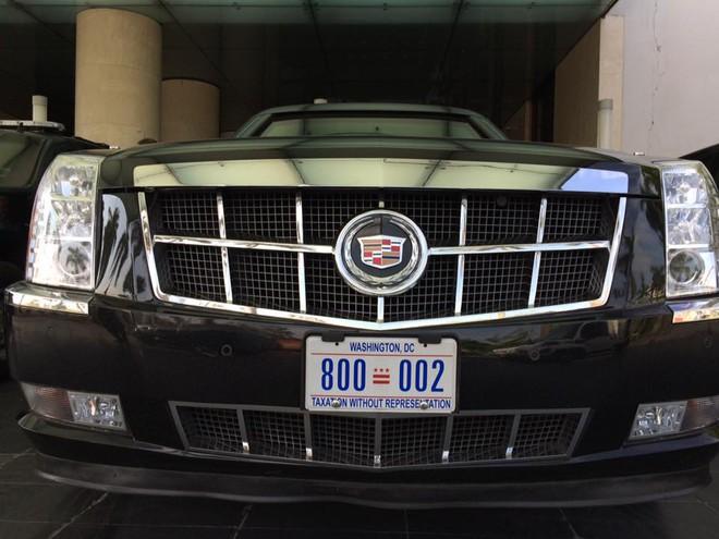 Cadillac One quái thú chuyên hộ tống Tổng thống Mỹ Barack Obama trong các chuyến thăm nước ngoài đã xuất hiện tại Hà Nội.