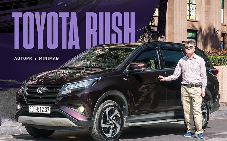 """Dùng 3 đời xe và mua Toyota Rush, khách hàng Việt nhận định: """"Đáng tiền, chắc dùng chục năm nữa chưa hỏng"""""""