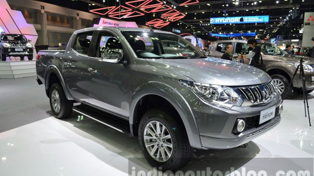 """Chiêm ngưỡng Mitsubishi Triton thế hệ mới """"bằng xương, bằng thịt"""""""