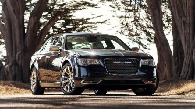 Chrysler 300 2015 trình làng, giá khởi điểm 32.390 USD