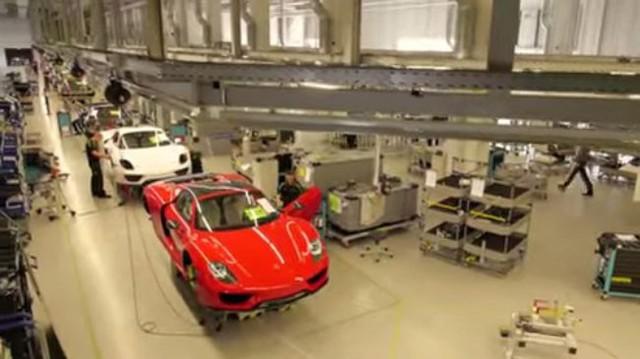 Tua nhanh quá trình sản xuất siêu xe Porsche 918 Spyder