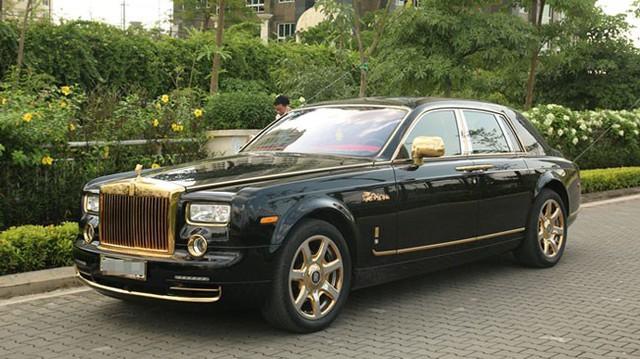 Rolls-Royce Phantom rồng đặc biệt của đại gia Việt