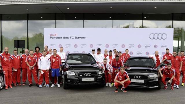 Dàn sao Bayern Munich phấn khích với trải nghiệm xe Audi