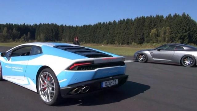 """Lamborghini Huracan đối đầu """"Sát thủ siêu xe"""" Nissan GT-R"""