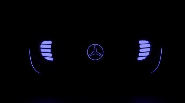 Mercedes-Benz hé lộ xe tự động rộng rãi, tiện nghi và sang trọng
