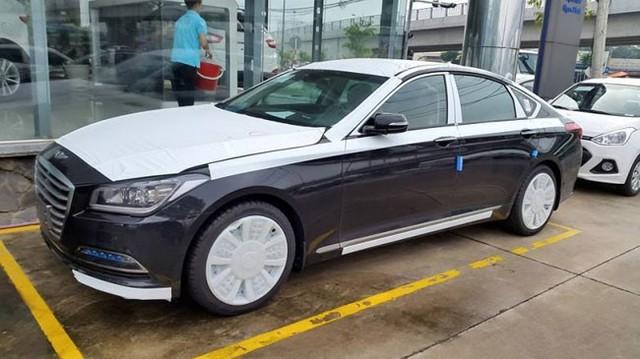 Hyundai Genesis Sedan 2015 đã có mặt tại Việt Nam