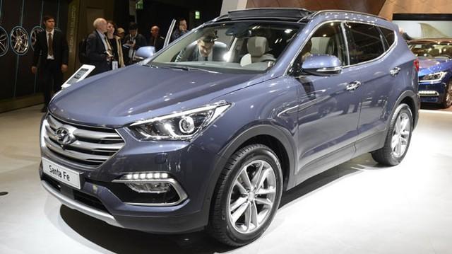 """Chiêm ngưỡng Hyundai Santa Fe 2016 """"bằng xương, bằng thịt"""""""