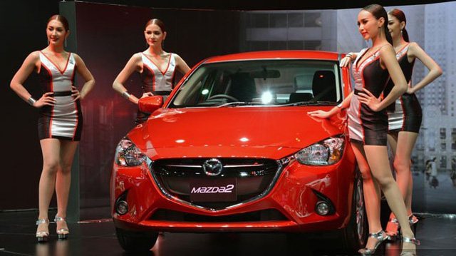 Mazda2 thế hệ mới phiên bản máy xăng: Tiền nào của nấy