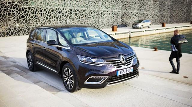 """Renault Espace – Xe MPV hạng sang chỉ """"ngốn"""" 4,5 lít/100 km"""