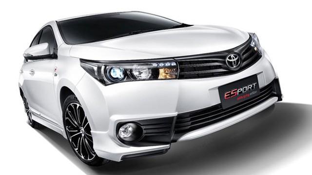 """Toyota Corolla Altis thể thao hơn với phiên bản """"địa ngục xanh"""""""