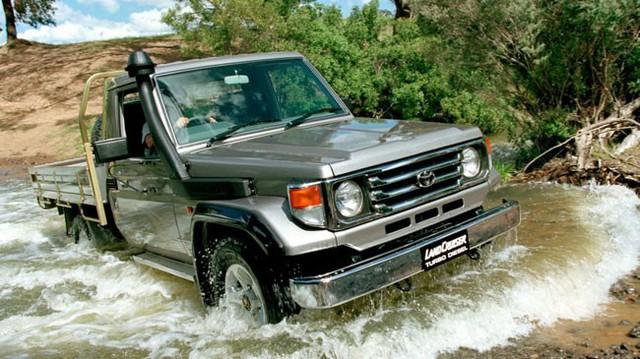 Toyota Land Cruiser 70 hứa hẹn đạt điểm an toàn tuyệt đối
