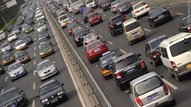Mẹo tính nhanh khoảng cách an toàn khi tham gia giao thông