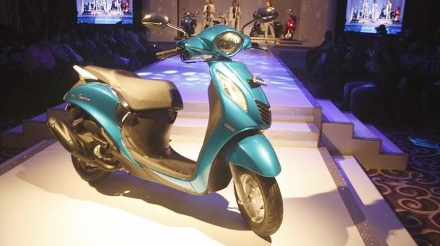 Xe ga Yamaha Fascino ngốn 1,5 lít/100km có giá cực rẻ
