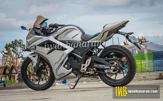 Honda CBR150R độ thành CBR250RR 2016 với chi phí cực thấp - Ảnh 2.