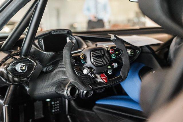 Aston Martin Vulcan mới chạy  60 km được rao bán với giá khóc thét - Ảnh 8.