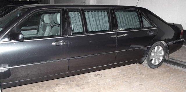 Mercedes-Benz chống đạn cũ của Tổng thống Nga được rao bán với giá chát - Ảnh 3.