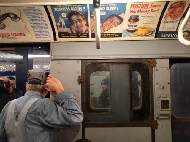 Khám phá đường xe lửa cổ điển rất đặc biệt giữa lòng thành phố New York - Ảnh 27.