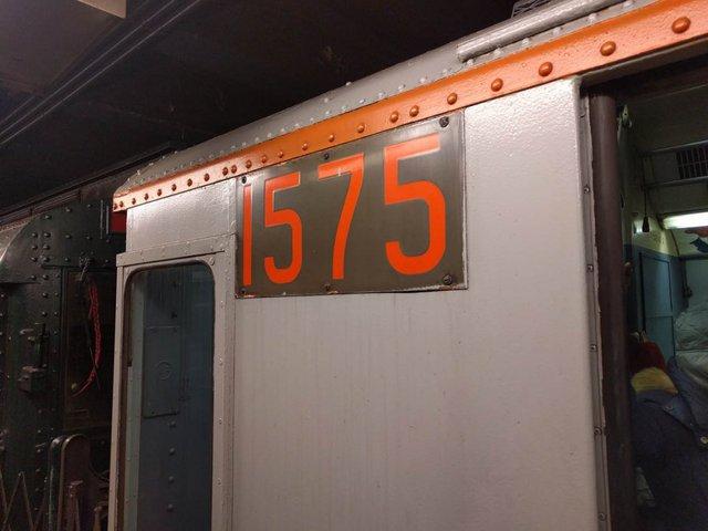 Khám phá đường xe lửa cổ điển rất đặc biệt giữa lòng thành phố New York - Ảnh 35.