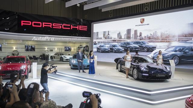 Porsche Việt Nam công bố giá của dàn xe tiền tỷ, bao gồm cả Panamera 2017