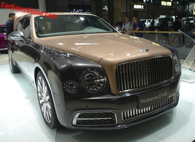 Bentley Mulsanne EWB 2017 tại triển lãm Quảng Châu 2016
