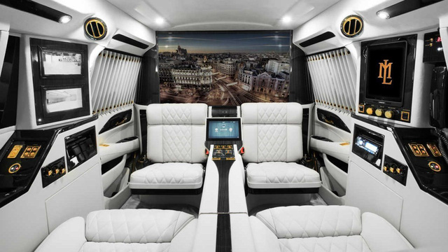 "Làm quen với ""chuyên cơ mặt đất"" Cadillac Escalade Sky Captain Piano Edition"
