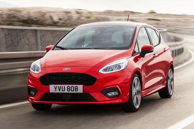 Hôm qua, ngày 30/11, những hình ảnh và thông tin đầu tiên của Ford Fiesta thế hệ mới đã được tung ra. Đến nay, hãng Ford tiếp tục công bố thông số cụ thể của mẫu xe bé hạt tiêu Fiesta thế hệ mới.