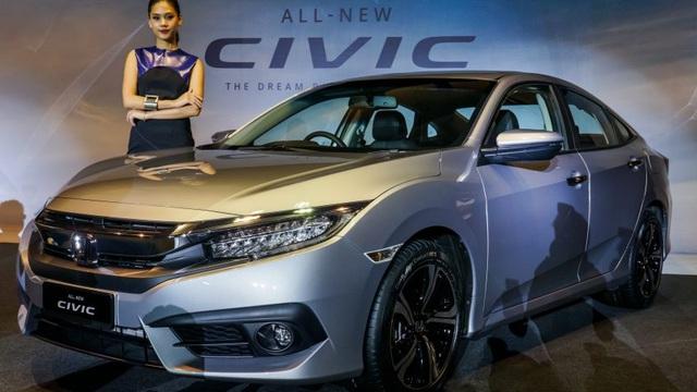 """Honda Civic 2016 ra mắt Malaysia với giá 609 triệu Đồng, người Việt """"phát thèm"""""""