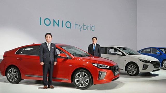 """Xe """"3 trong 1"""" Hyundai Ioniq chính thức trình làng"""
