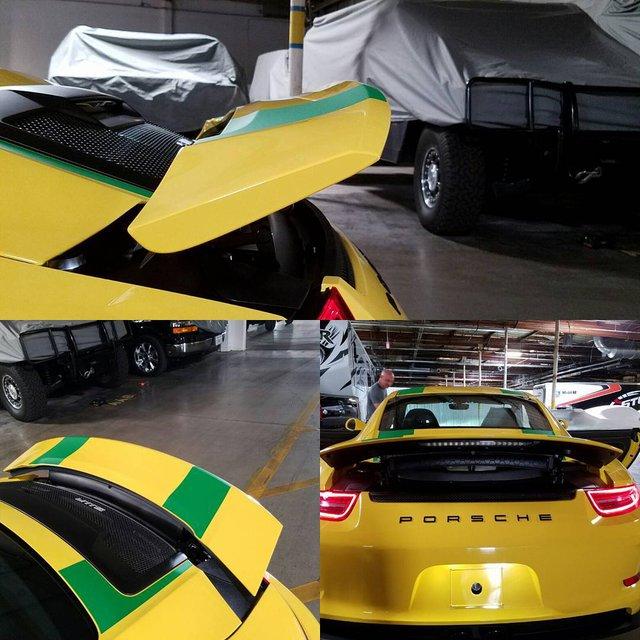 Chiếc Porsche 911 R mà Steven được bố tặng.