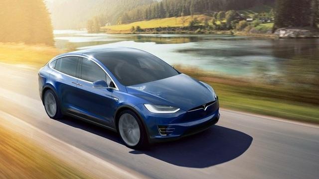 Top 8 mẫu SUV có công nghệ nổi bật