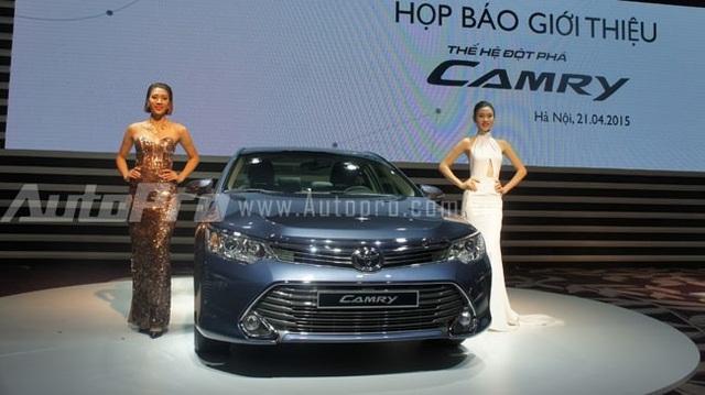 3 xe du lịch bán chạy nhất của Toyota Việt Nam năm 2015