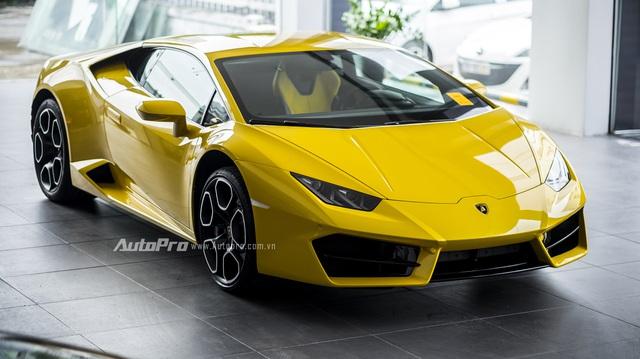 Cận cảnh Lamborghini Huracan LP580-2 thứ hai chuẩn bị cho VIMS 2016